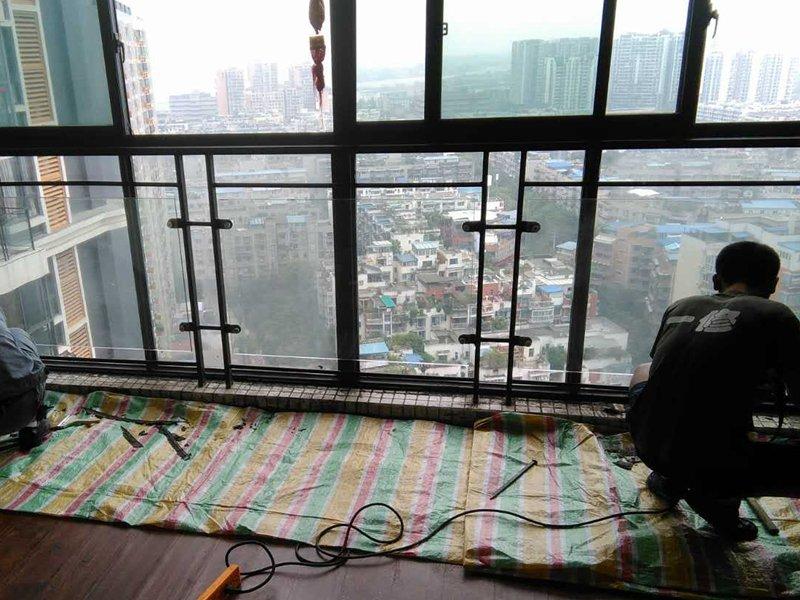 门玻璃维修,维修门窗方法,常见故障解决方法