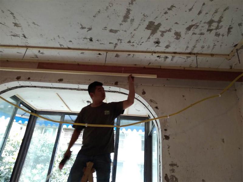 客厅吊顶安装