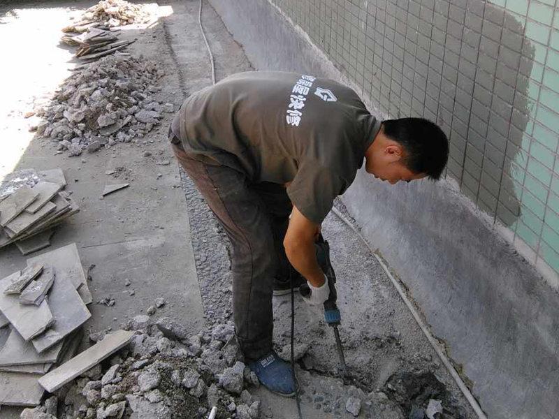 楼顶漏水维修公司哪家好,联系电话,楼顶漏水维修公司排名