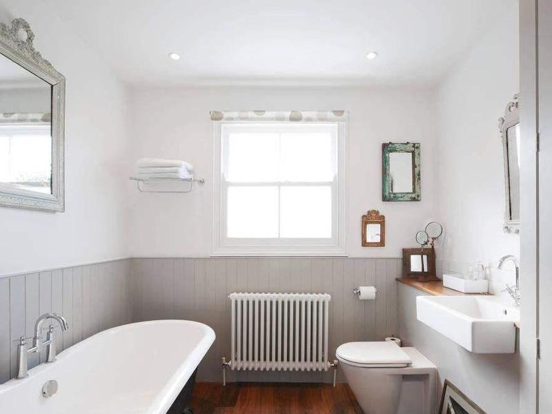 深圳装修浴室柜